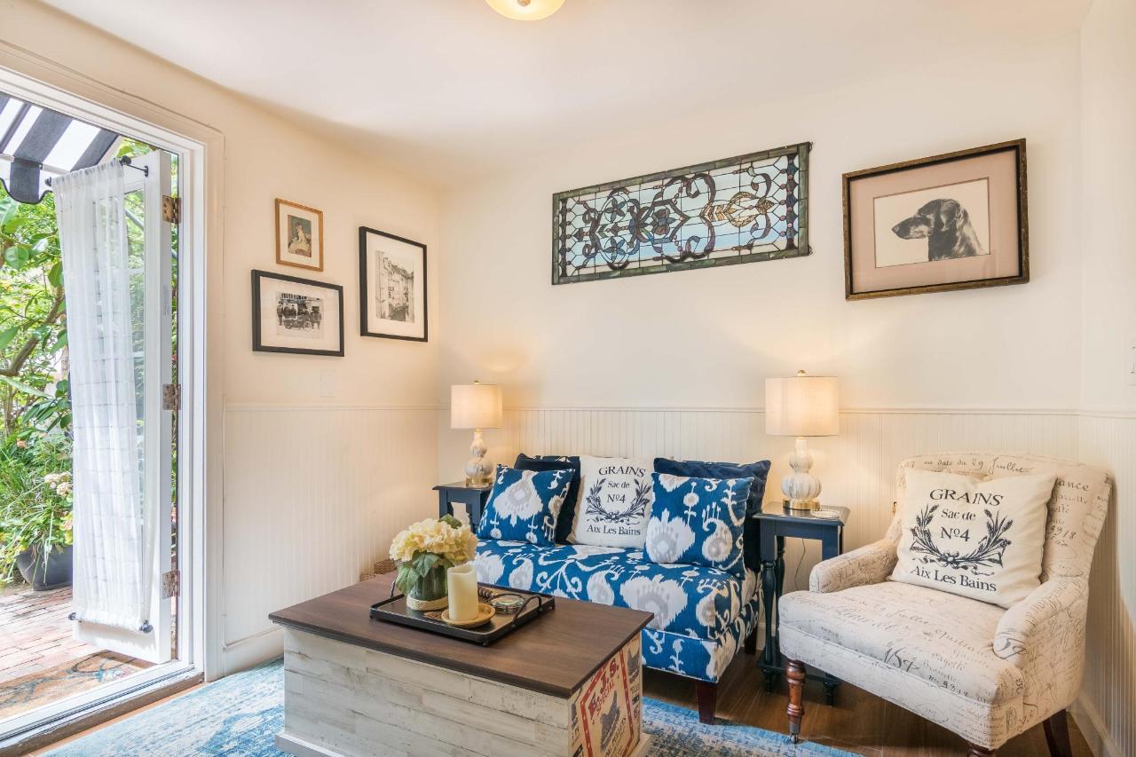 Le Petite Port Living Room 1.jpg