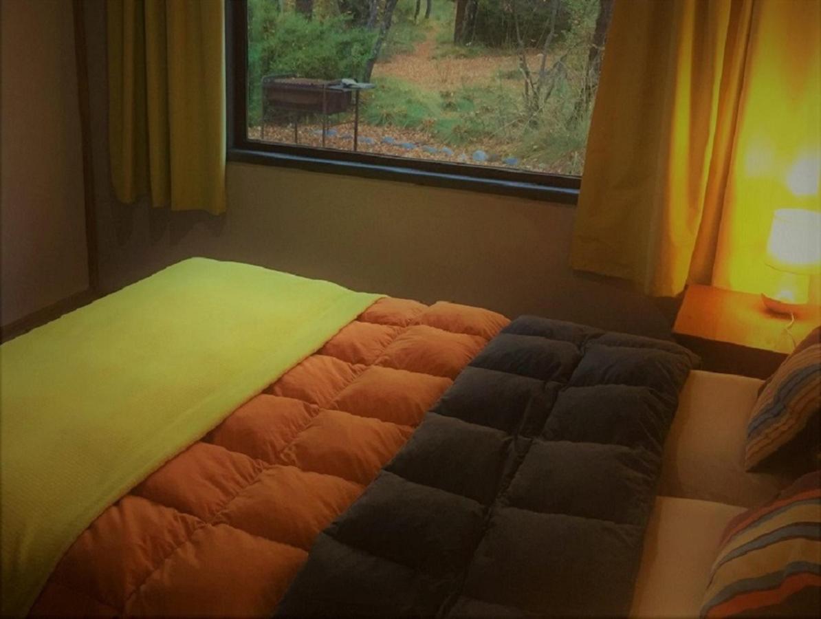 cabin 3 bedroom 3.jpg