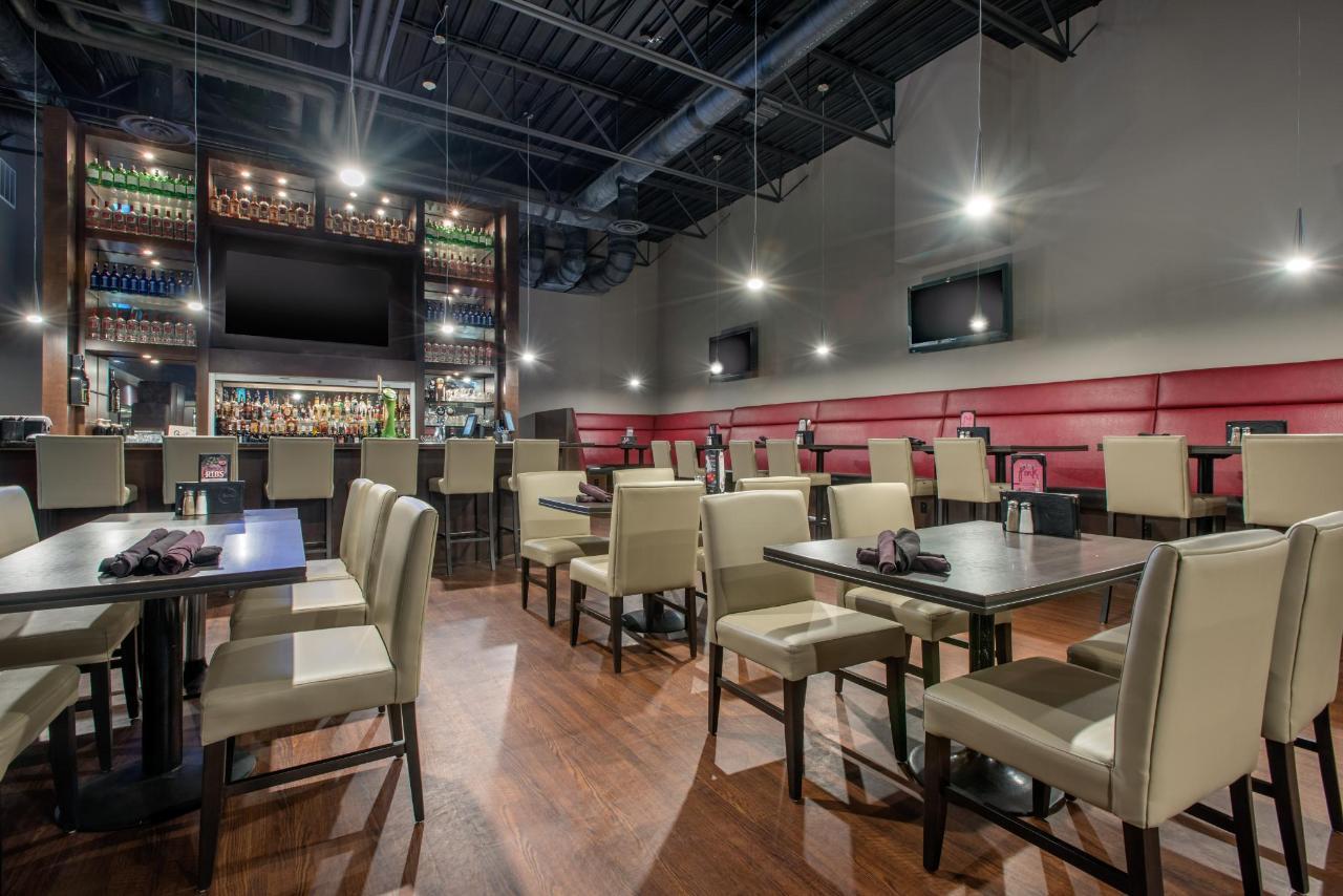 cnb01restaurant1.jpg