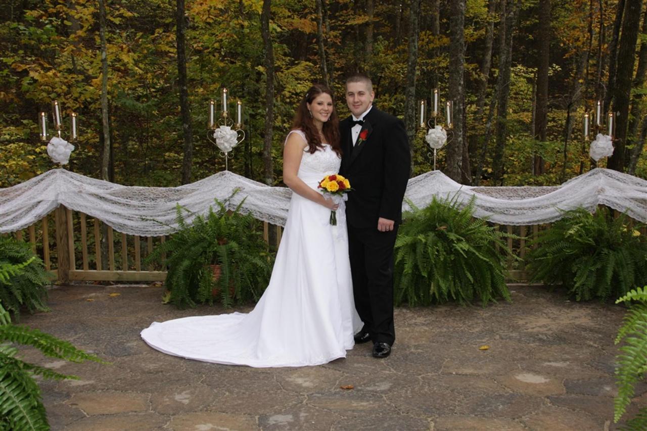 GWC - Email OWC Bridal Platform Couple.jpg