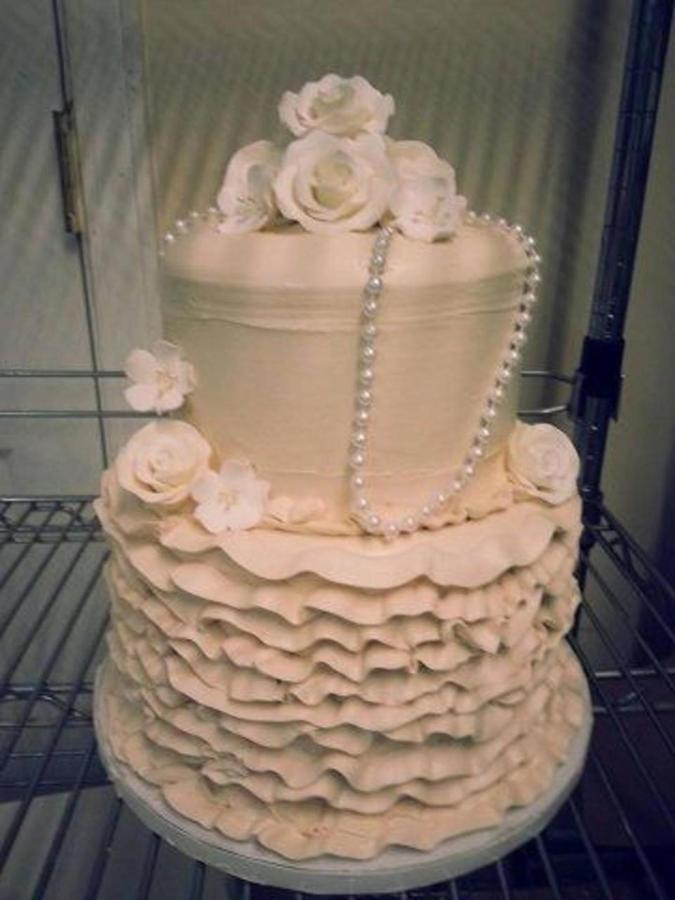 CATP - Cake - Ruffles and Pearls.jpg