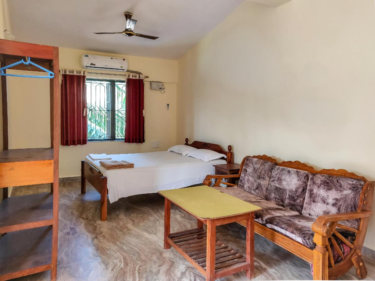 DELLUXE ROOM AT MORJIM SUNSET GUESTHOUSE.jpg