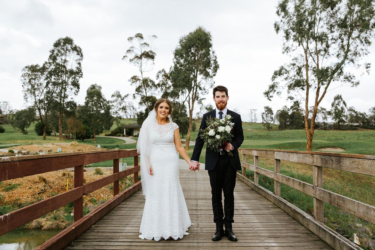 Hannah & Ben Yarra Valley Lodge Wedding.jpg