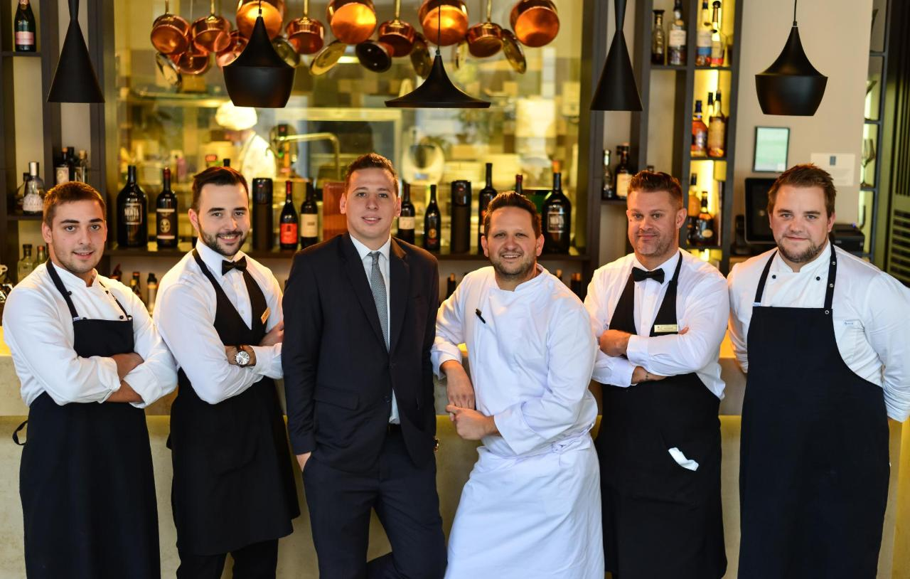 Hotel Slon F & B team_photo by Peter Irman.jpg