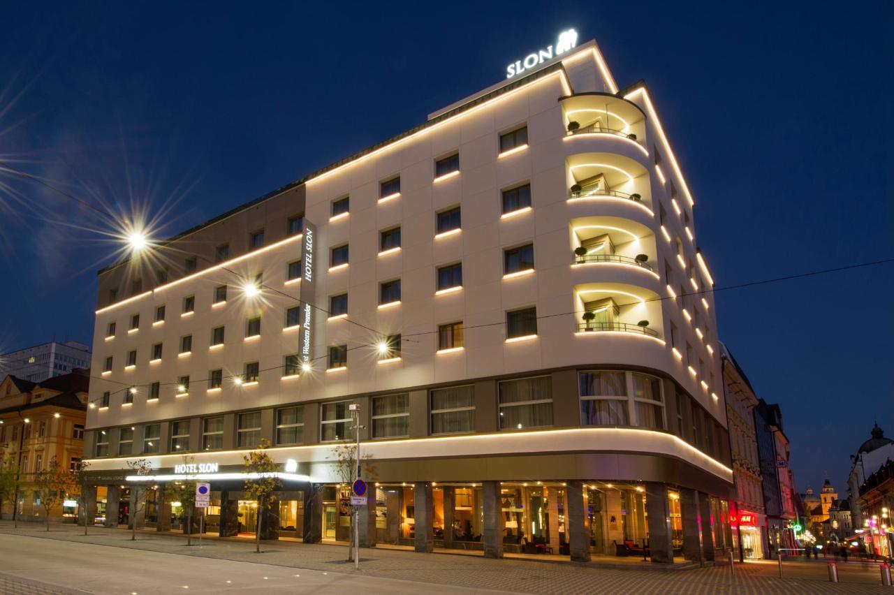 Hotel Slon exterior view_byZiga Koritnik.jpg