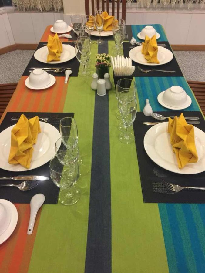 Dining (2).jpg