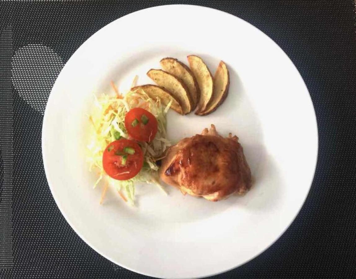 Dining (6).jpg