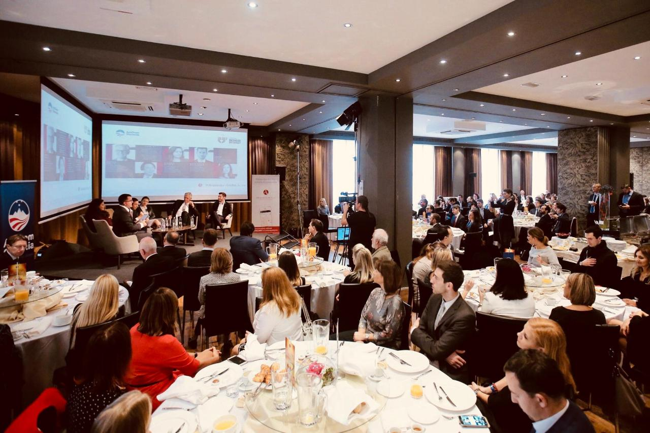 Amcham_business breakfast_16.11.2018_2.jpg