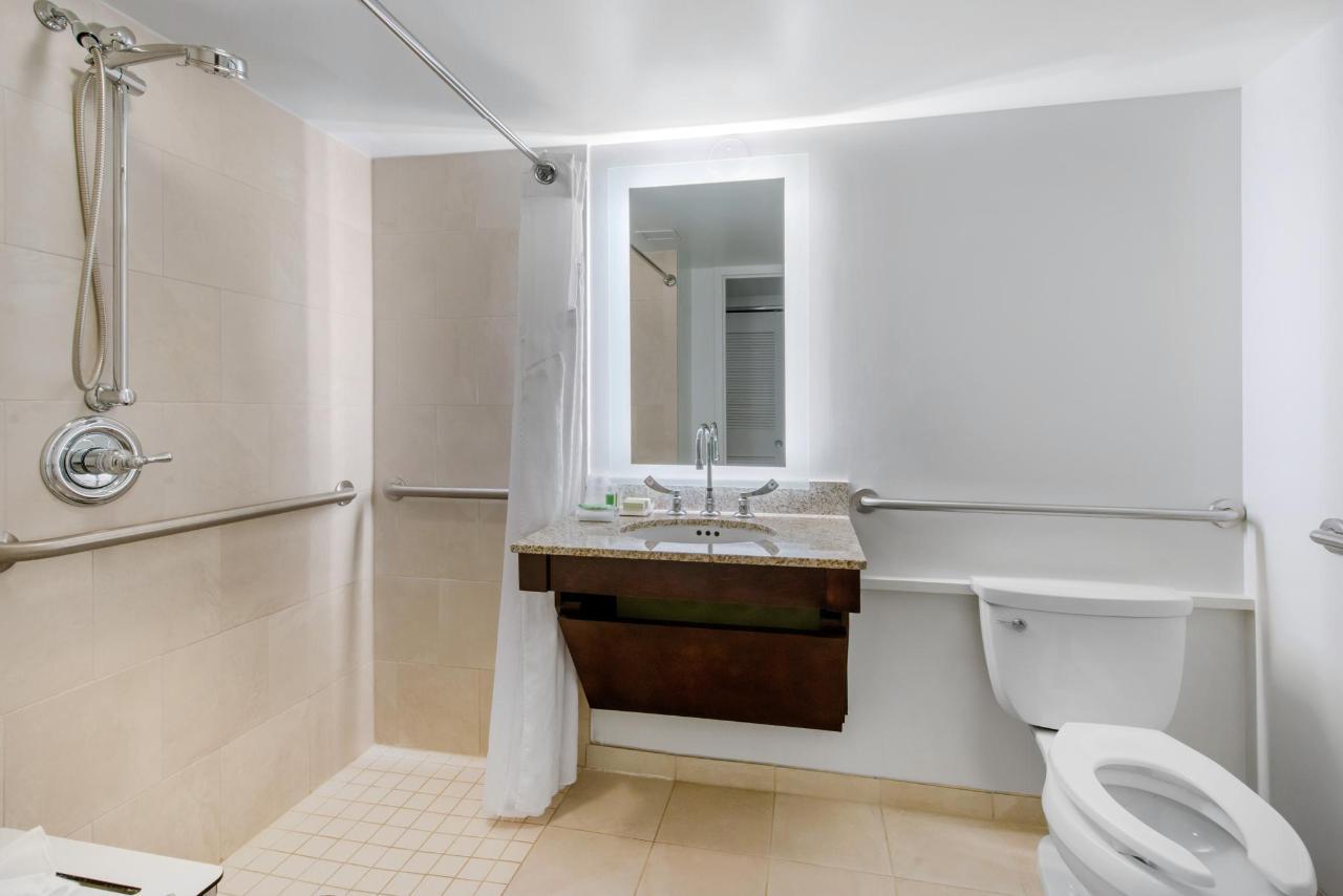 Bathroom KW2N.jpg