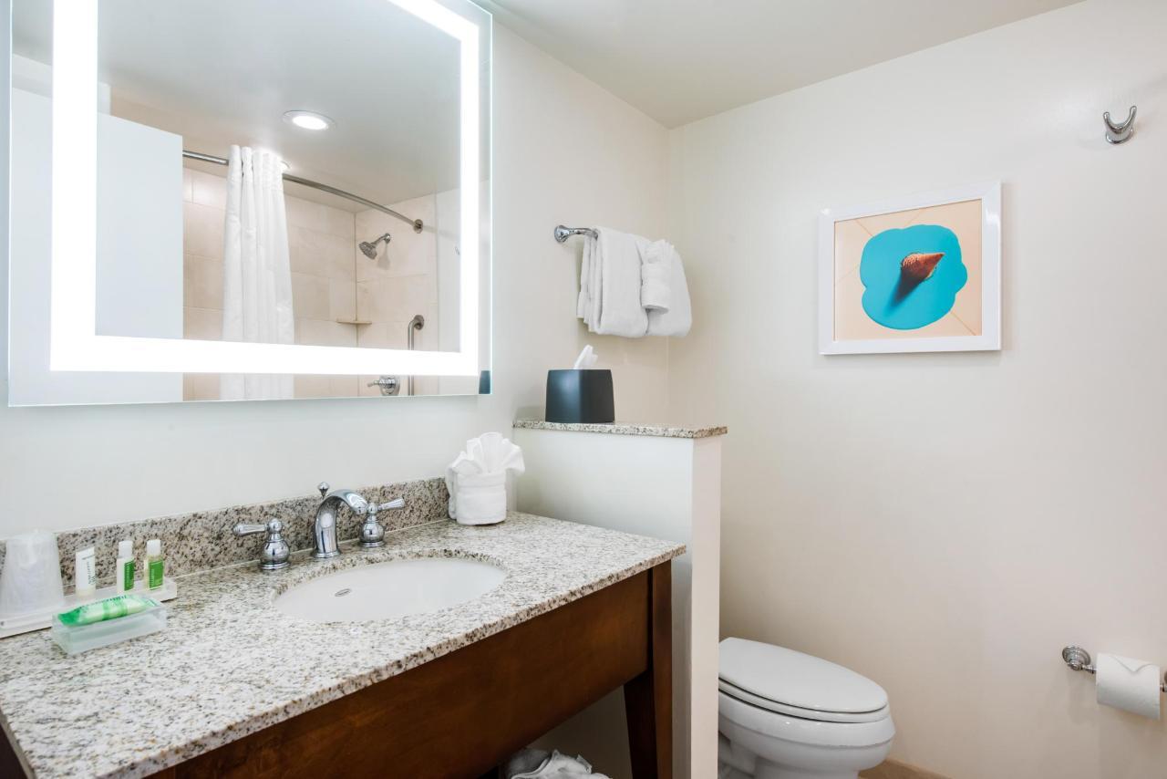 Bathroom TQTN KSBN TPLN KPLN TVUN TFTN KFTN.jpg