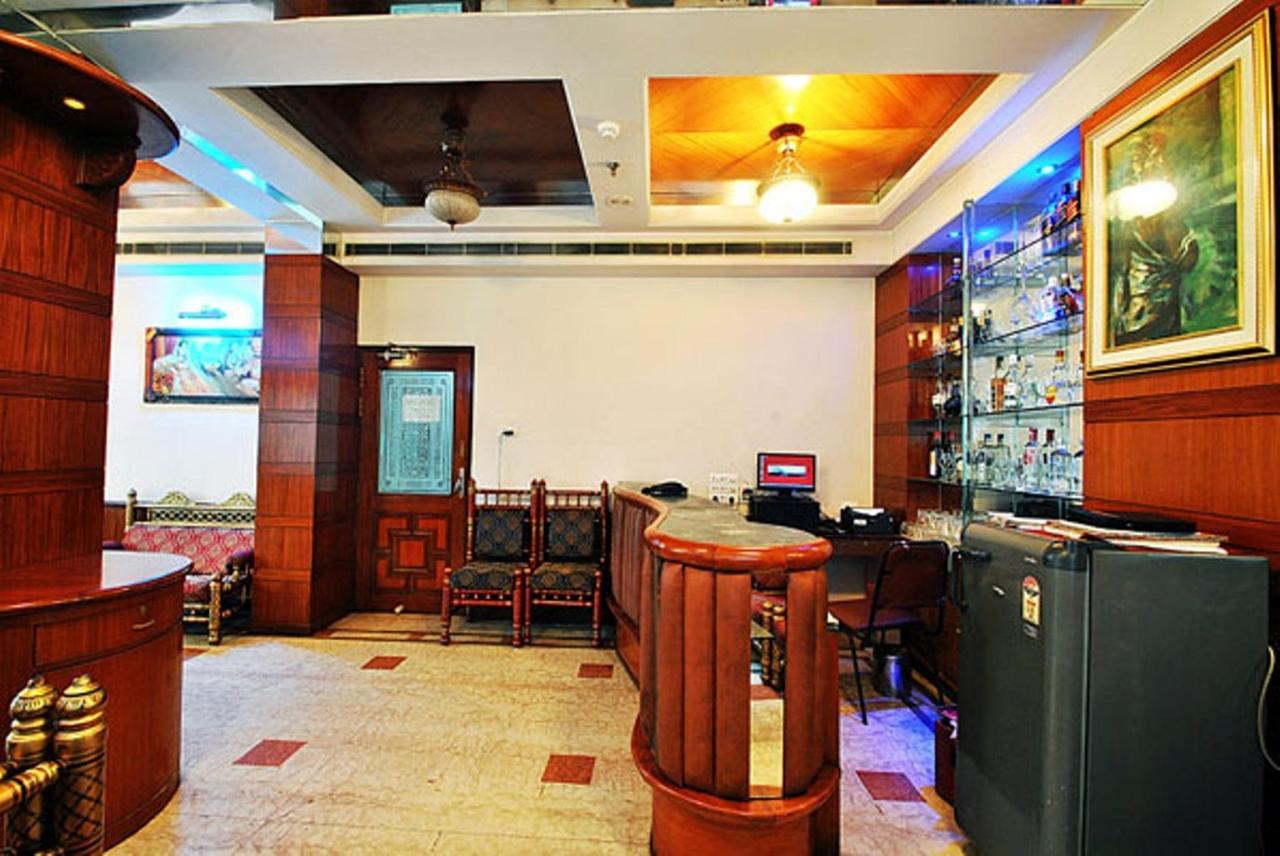H -Bliss Bar 1.jpg