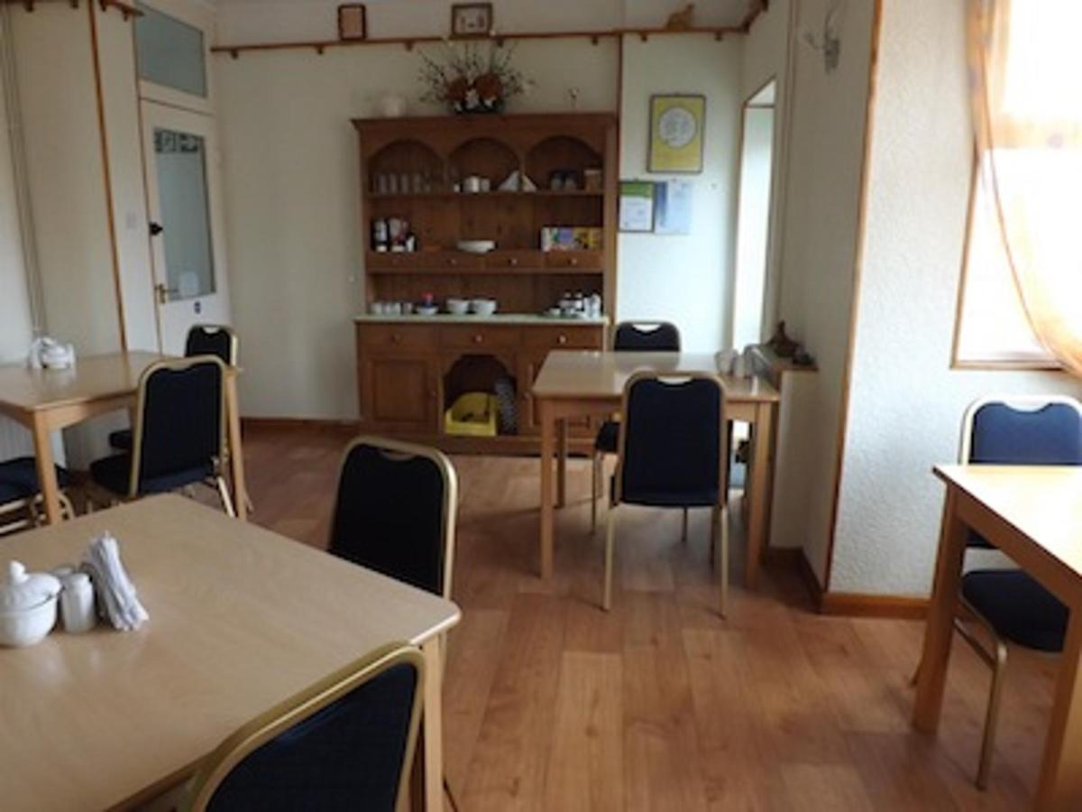 Dining Room at White Heather Guest House Mablethorpe