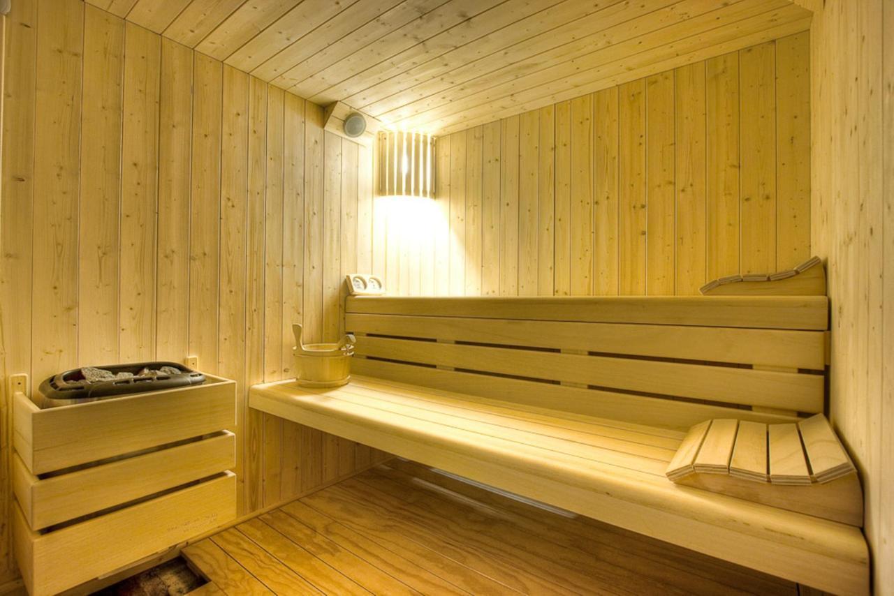 interno sauna.jpg