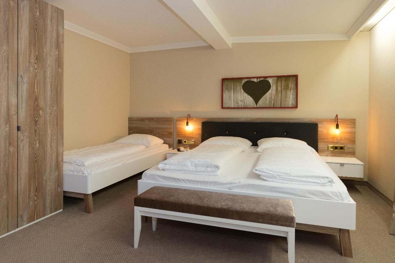 Hotel_Burgfrieden_EL_1-3.jpg