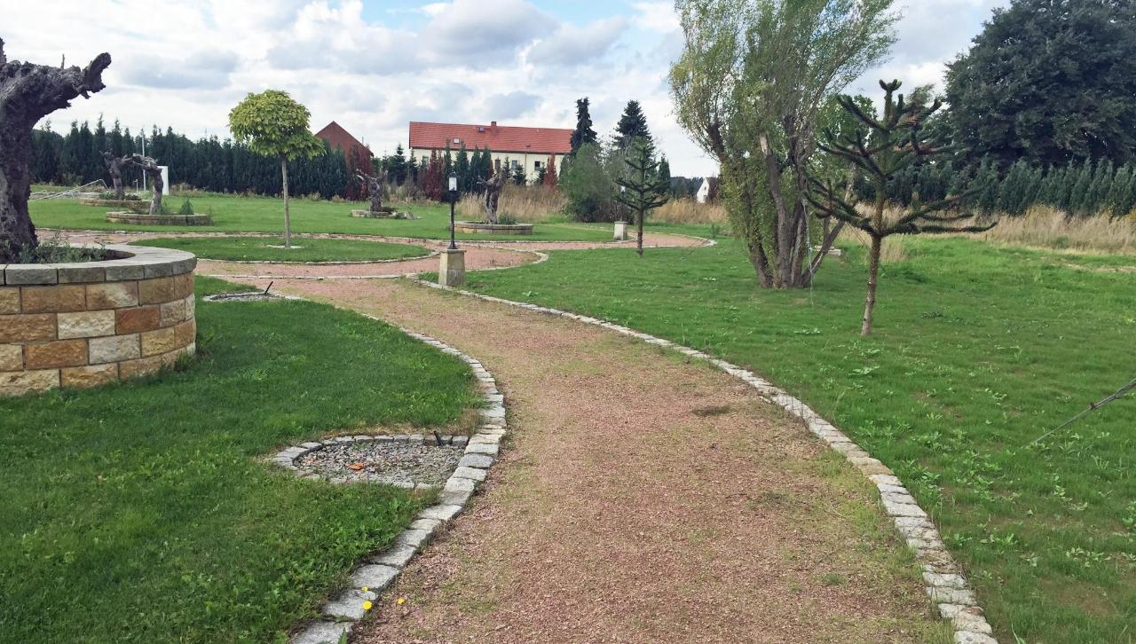 Park Rittergut Leppersdorf.JPG