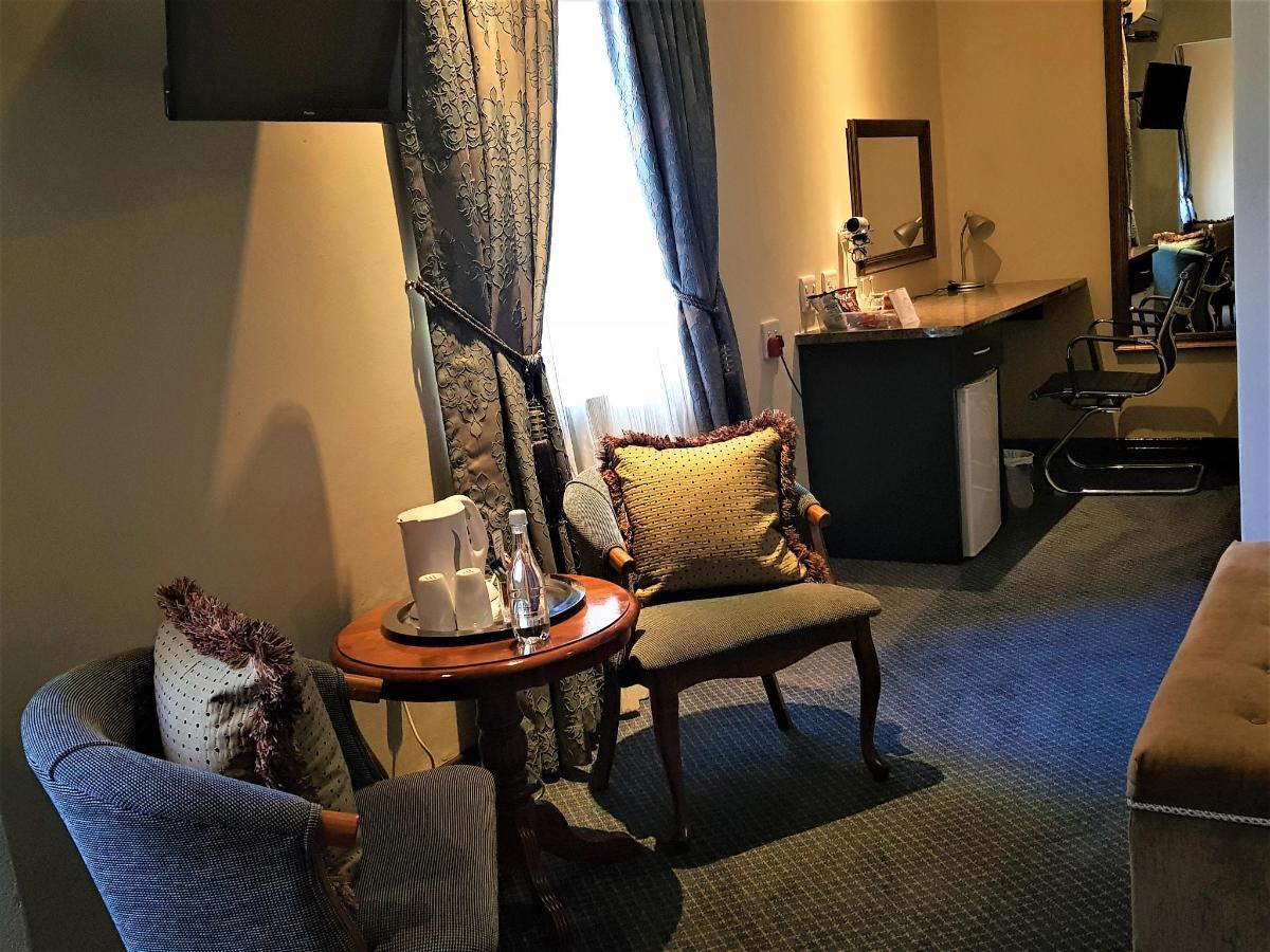 Superior Room 7 (2).jpg