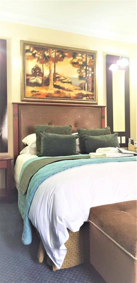 Luxury   Room 9 at Constantia Manor Guesthouse.jpg