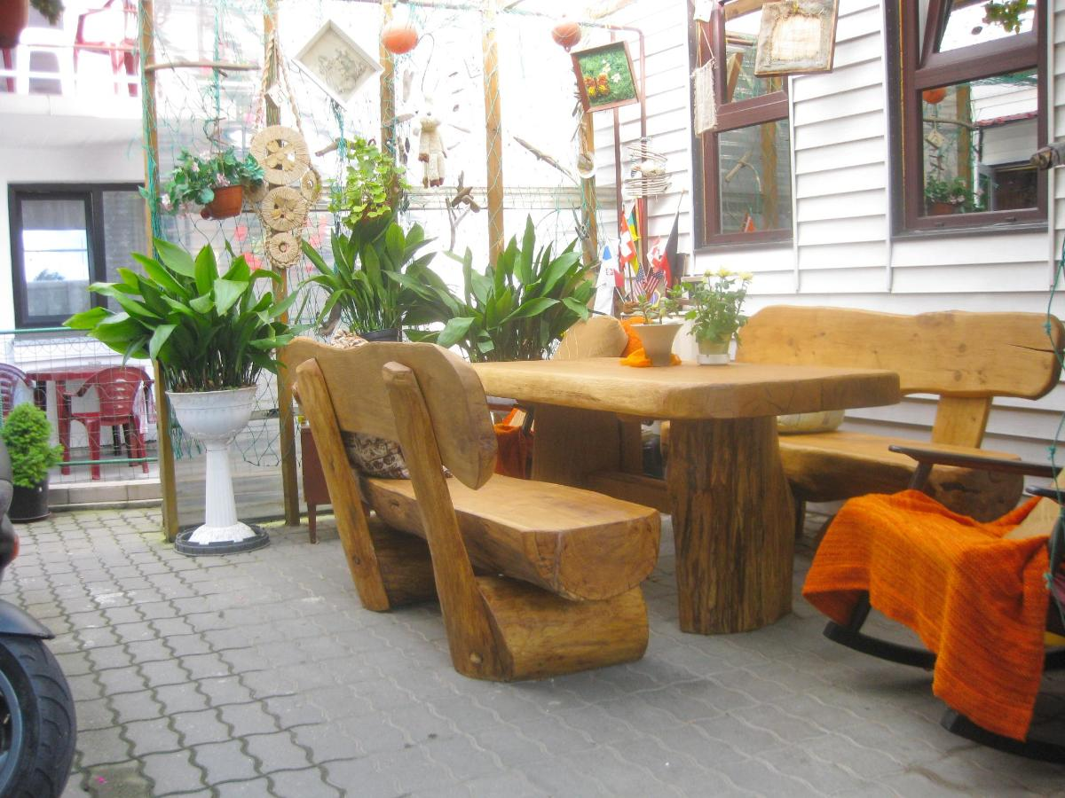 d Terrace of Rest House Inkaras Palanga.JPG