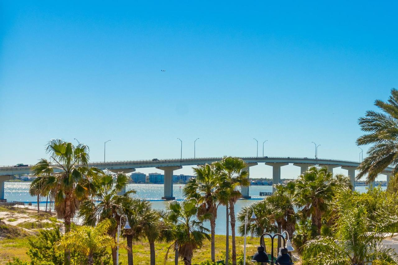 Sand Key Bridge.jpg