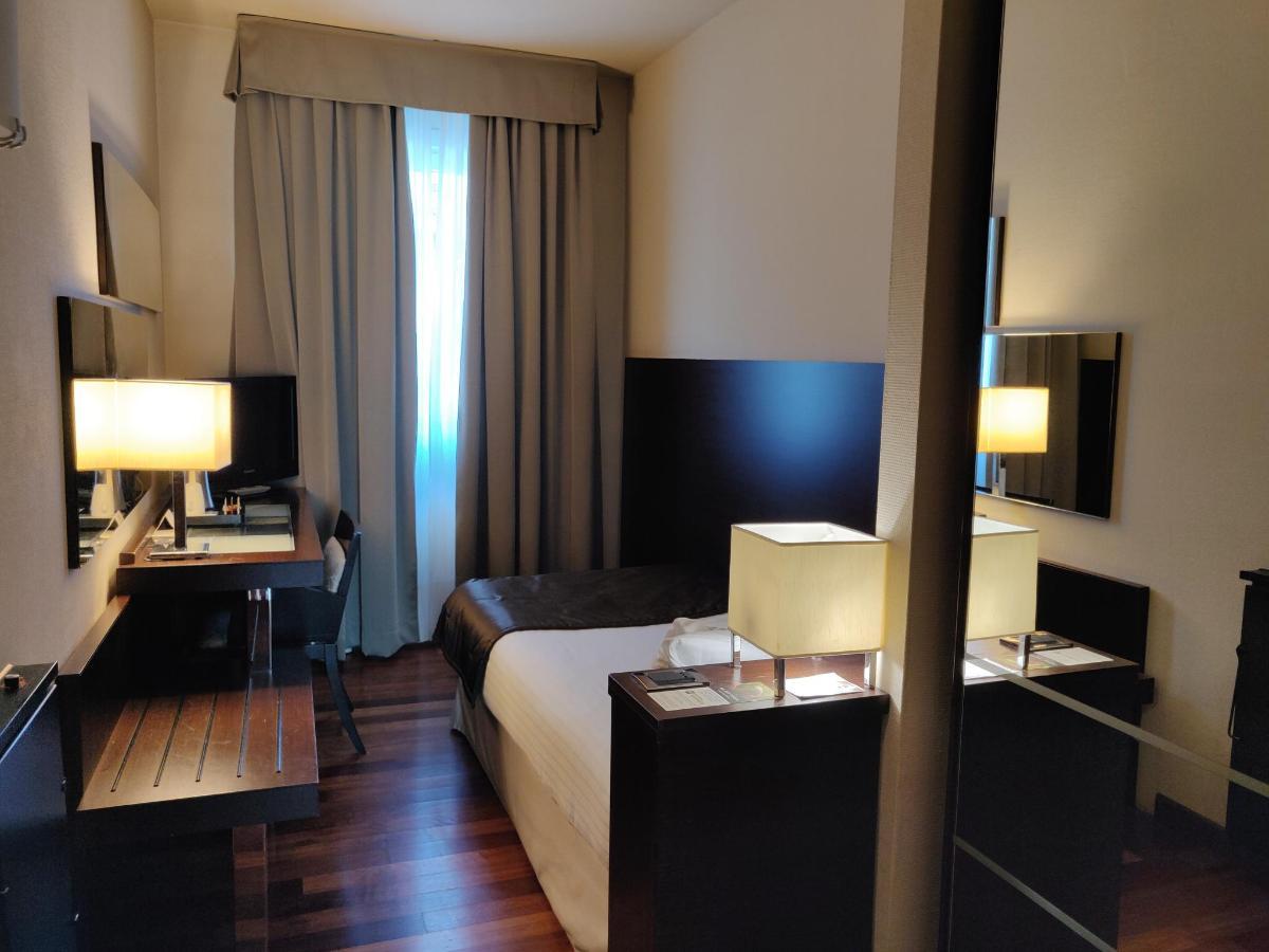 single room economy 2 4-3.jpg