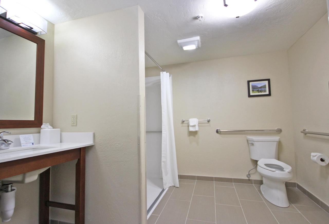 Accessible King bathroom