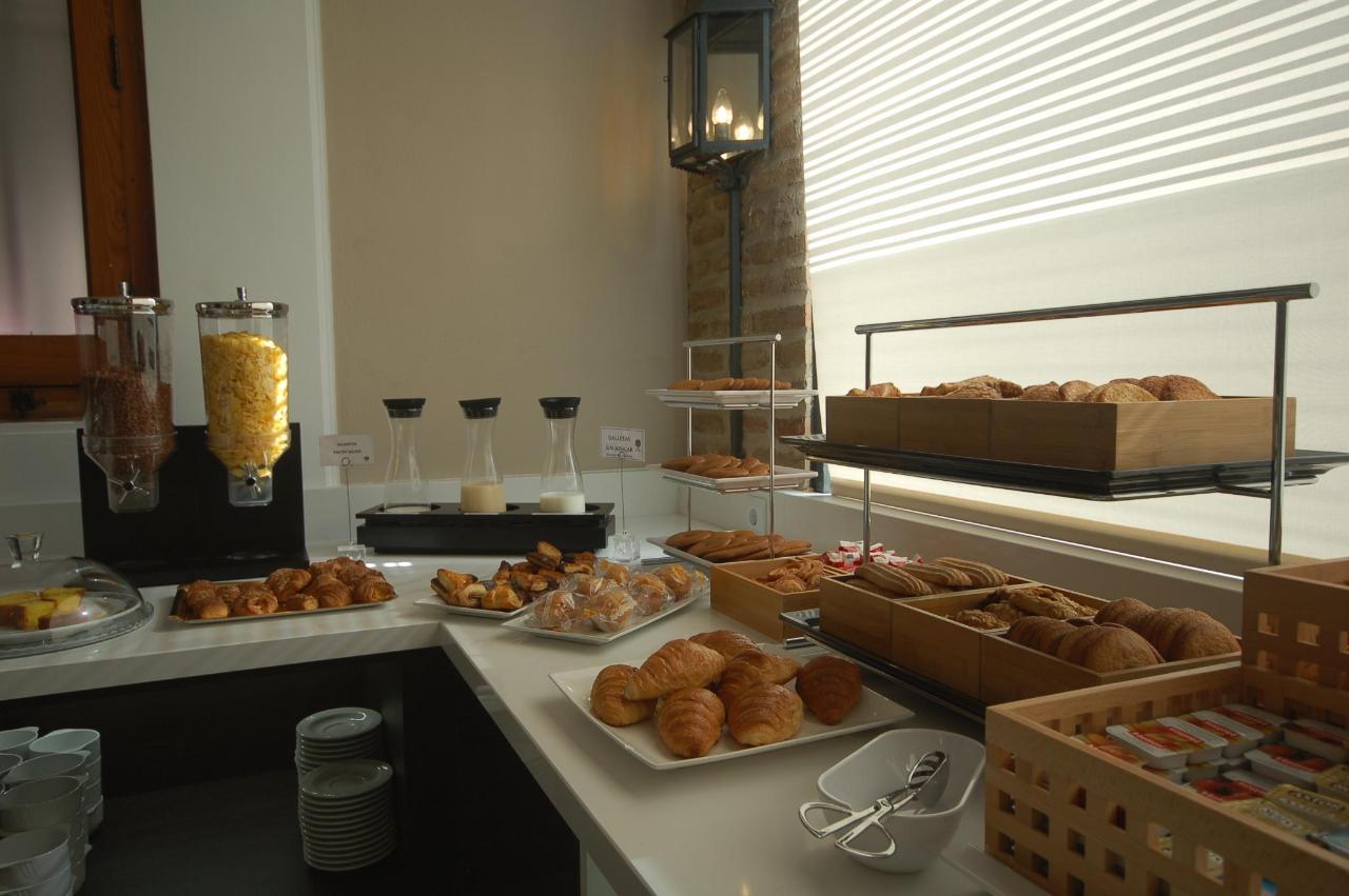 desayuno buffet 2.JPG