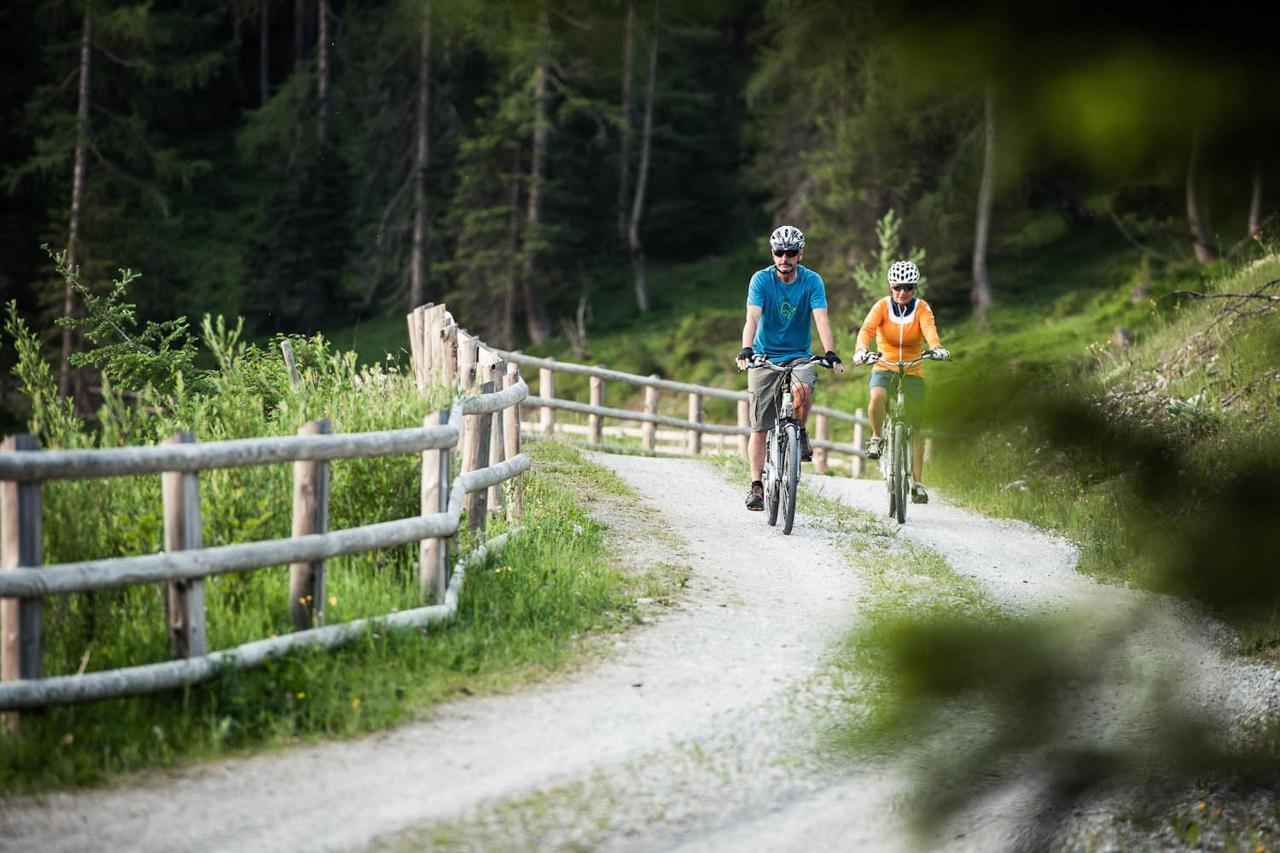 TVB Stubai Tirol_Andre Schönherr_Bike1_print.jpg