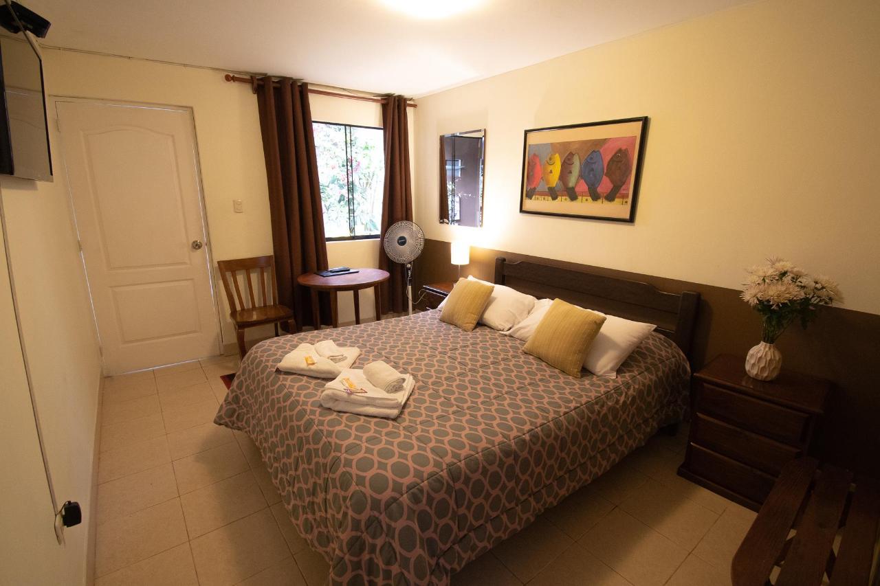 habitacion simple en miraflores.jpg