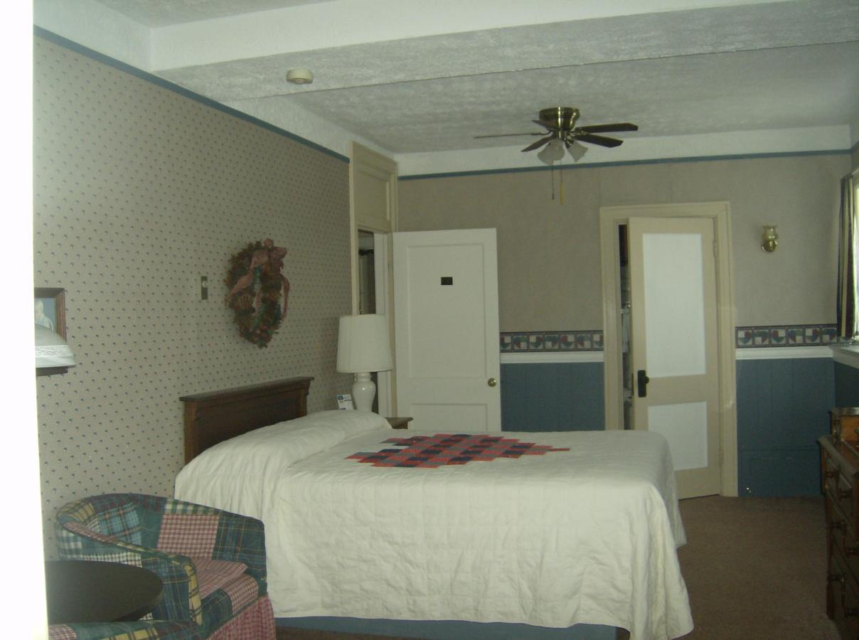 1st Floor Suite.JPG