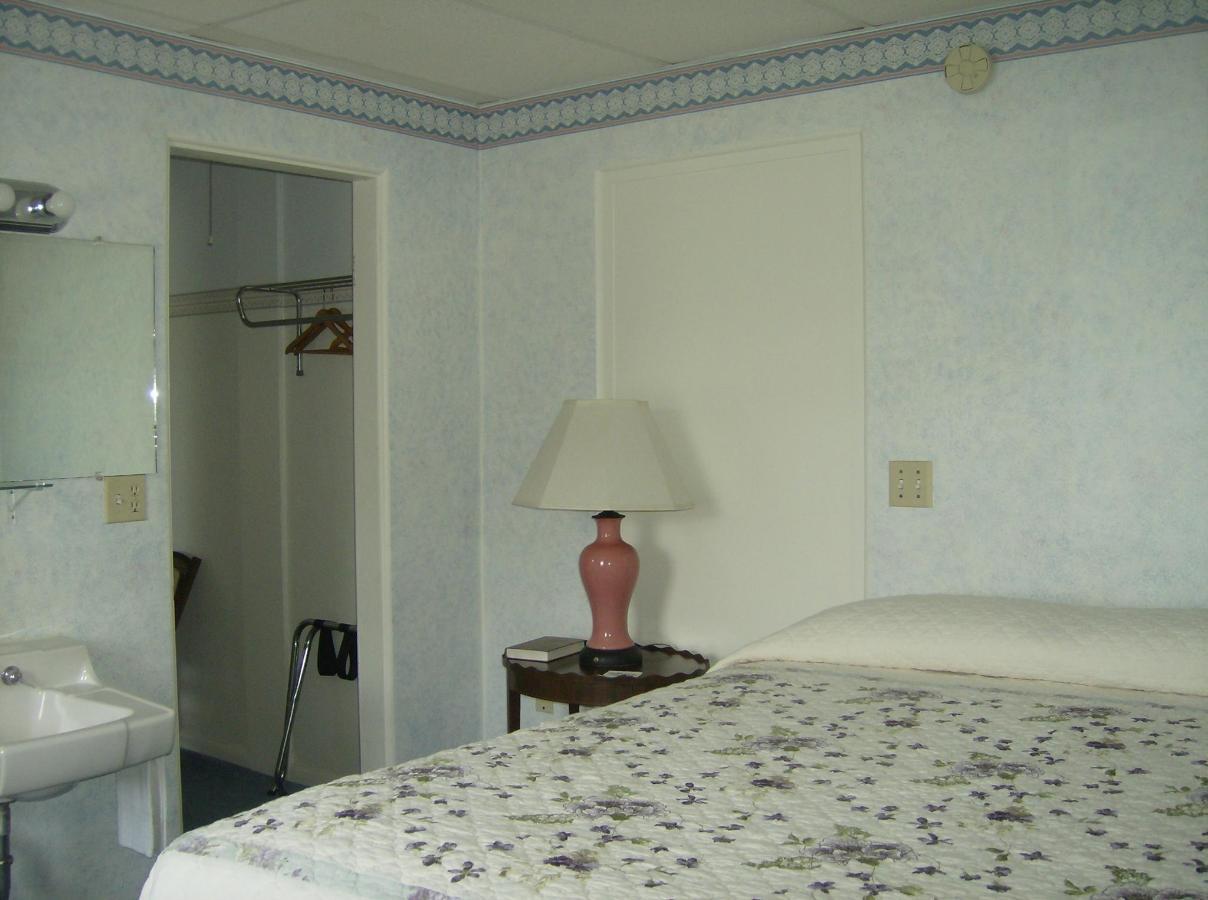 3rd Floor Suite.JPG