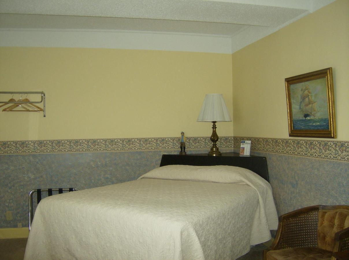 First Floor Suite 3 Lakeside.JPG