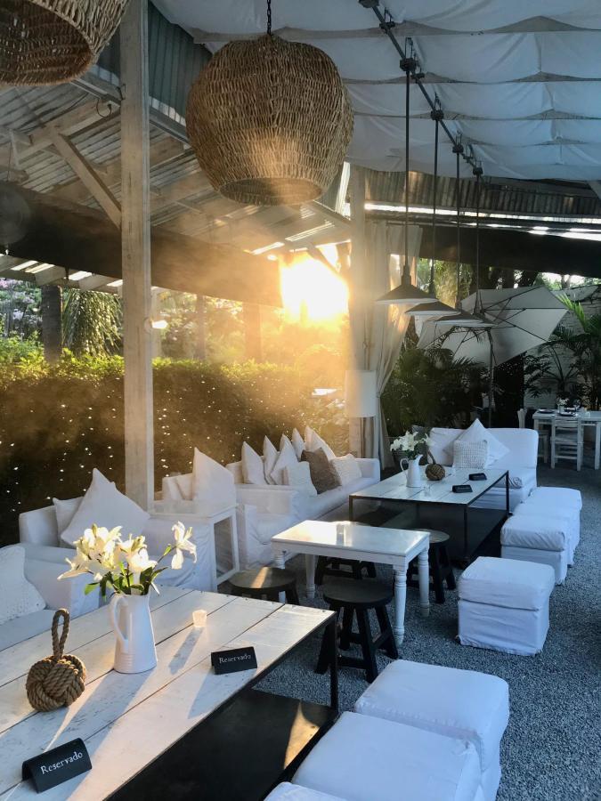HOUSE restaurante es un oasis que lo tiene todo. Las Casas B+B Boutique Hotel, Spa  & Restaurante.