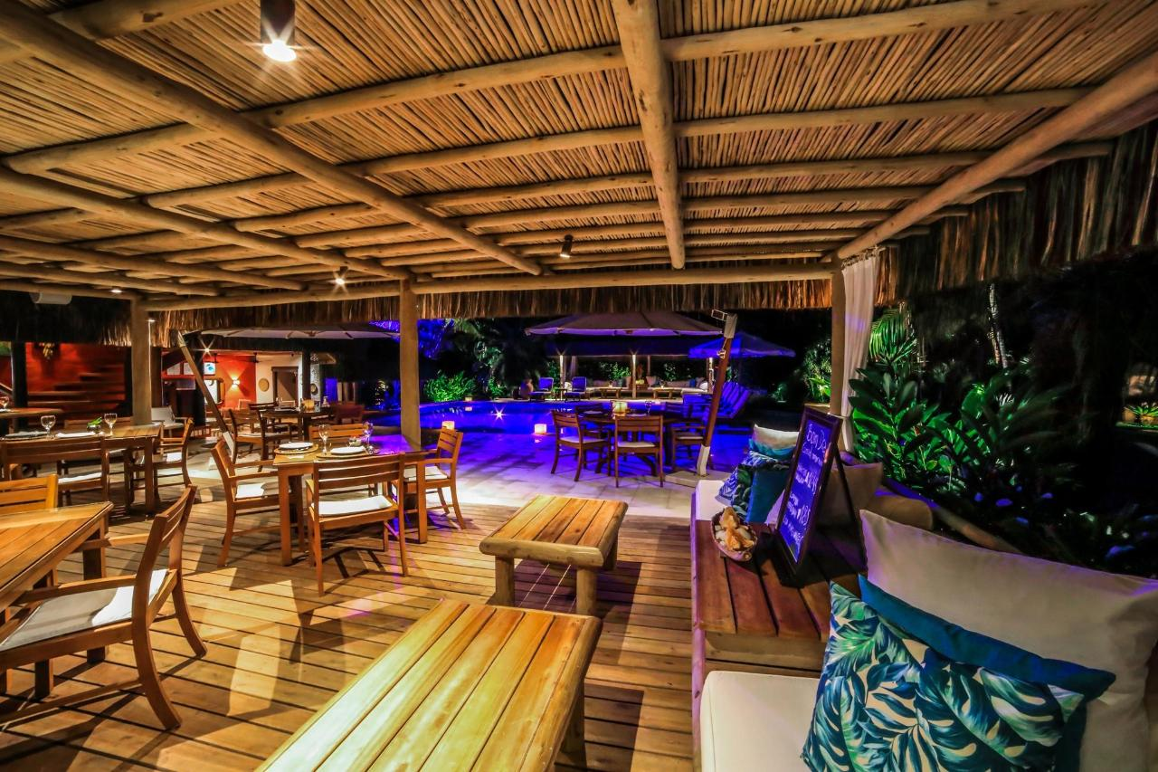 beach_restaurant_trancoso
