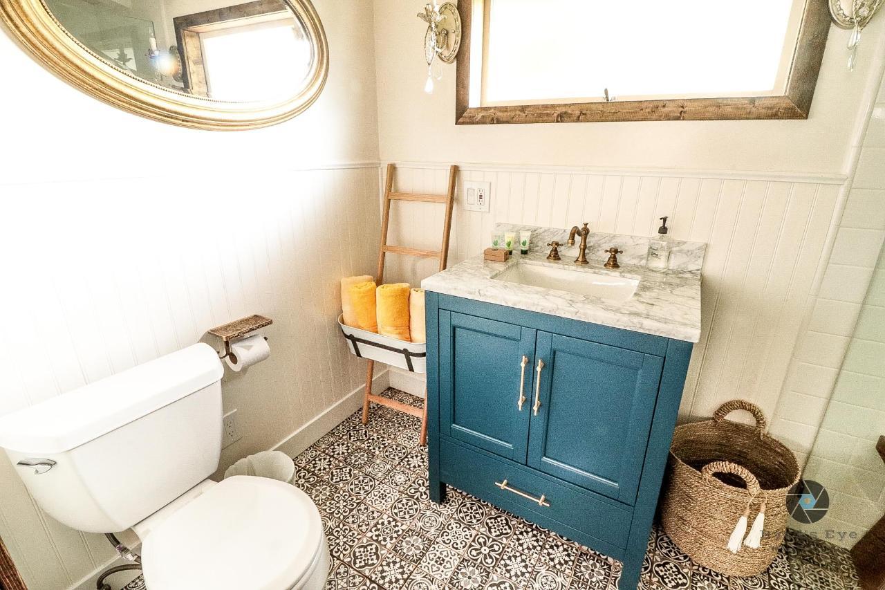 Wisteria Bathroom - New.jpg