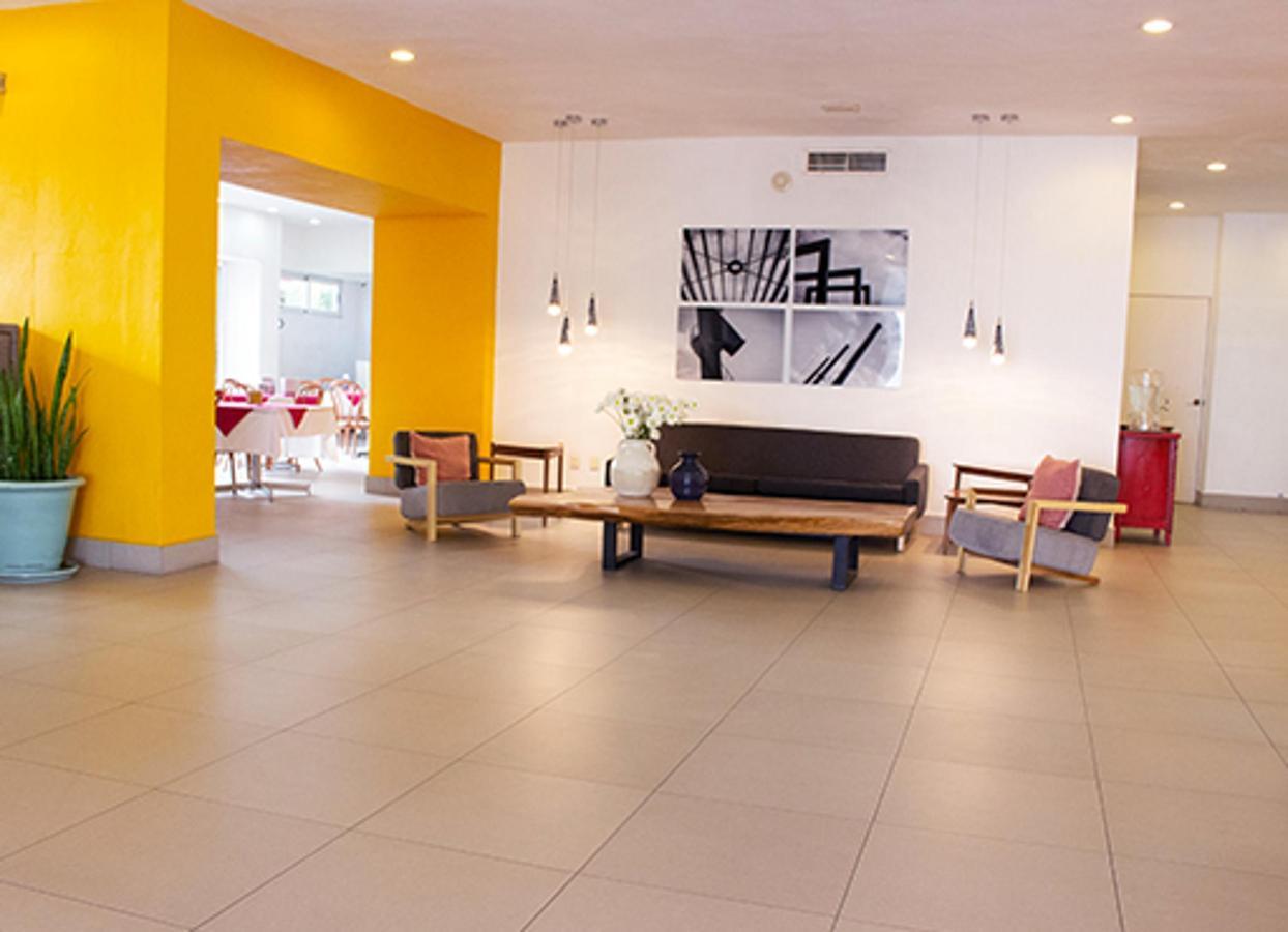 w-lobby-2.jpg