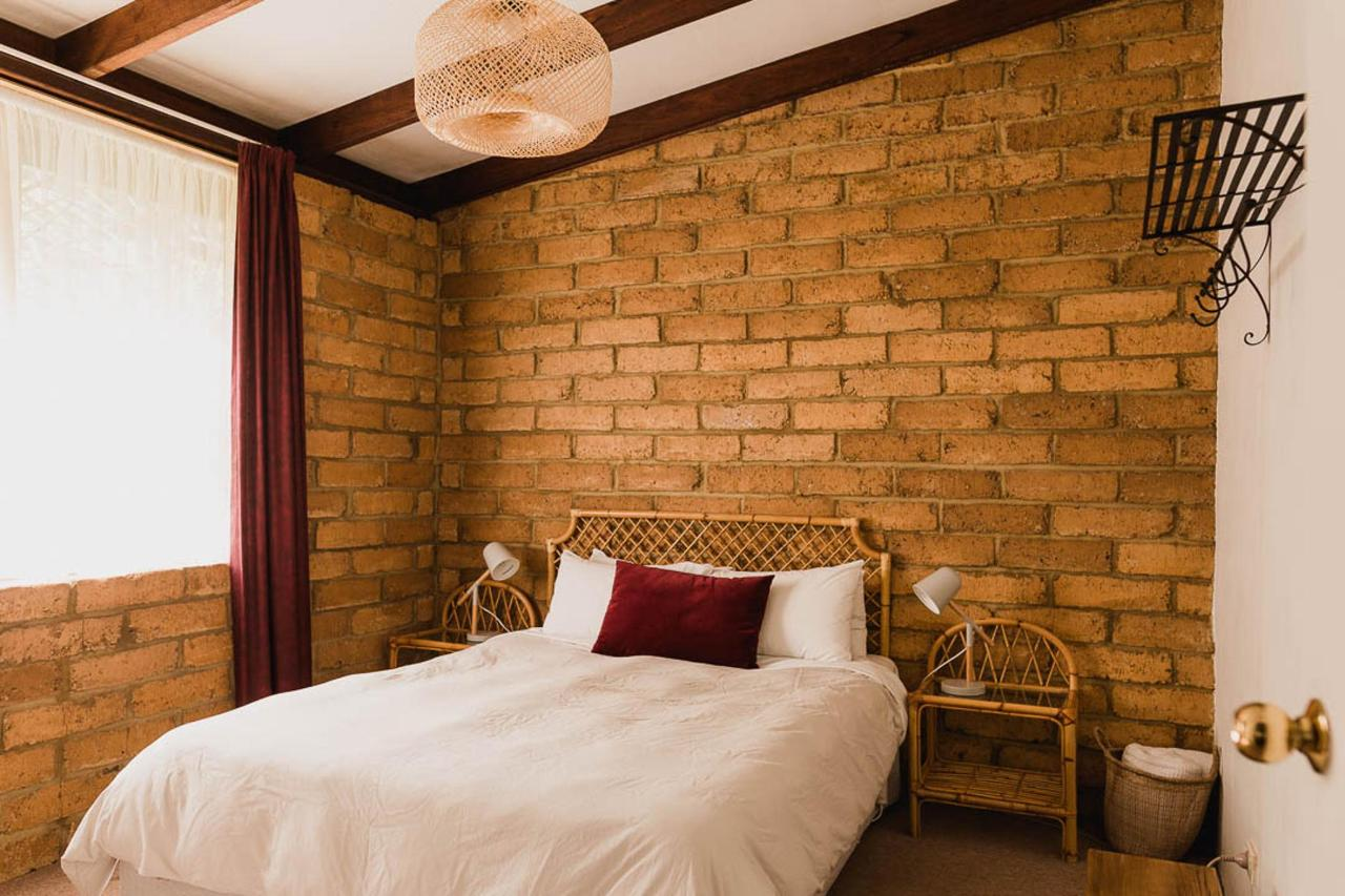 Rammed Earth Brick 2 couples 2 Bedroom Cottage