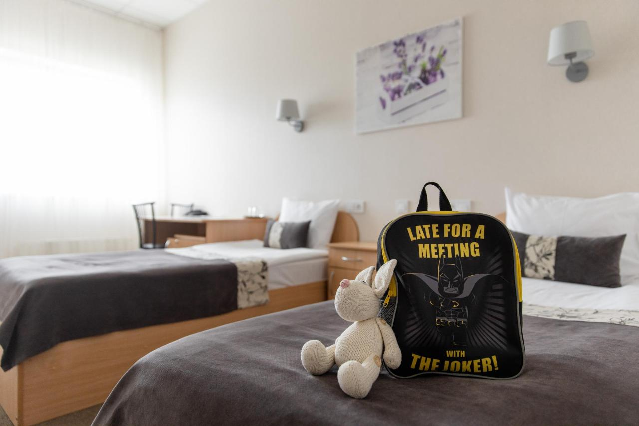 Hotel_Valmiera_Naktsmajas_(3).jpg