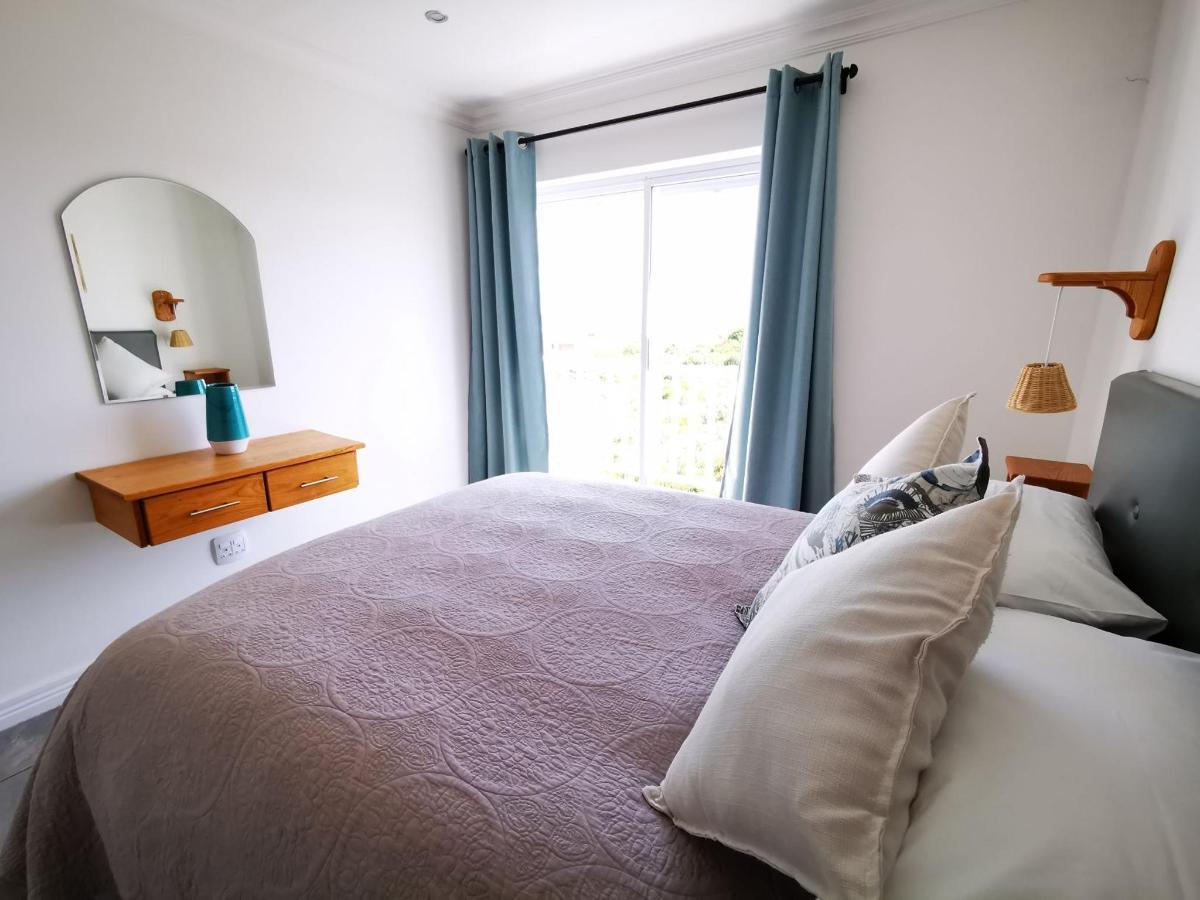 Room 5d.jpg