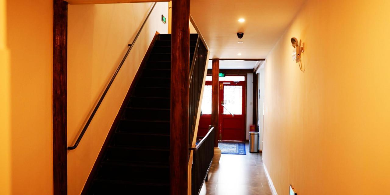 走廊1 1080x540.jpg