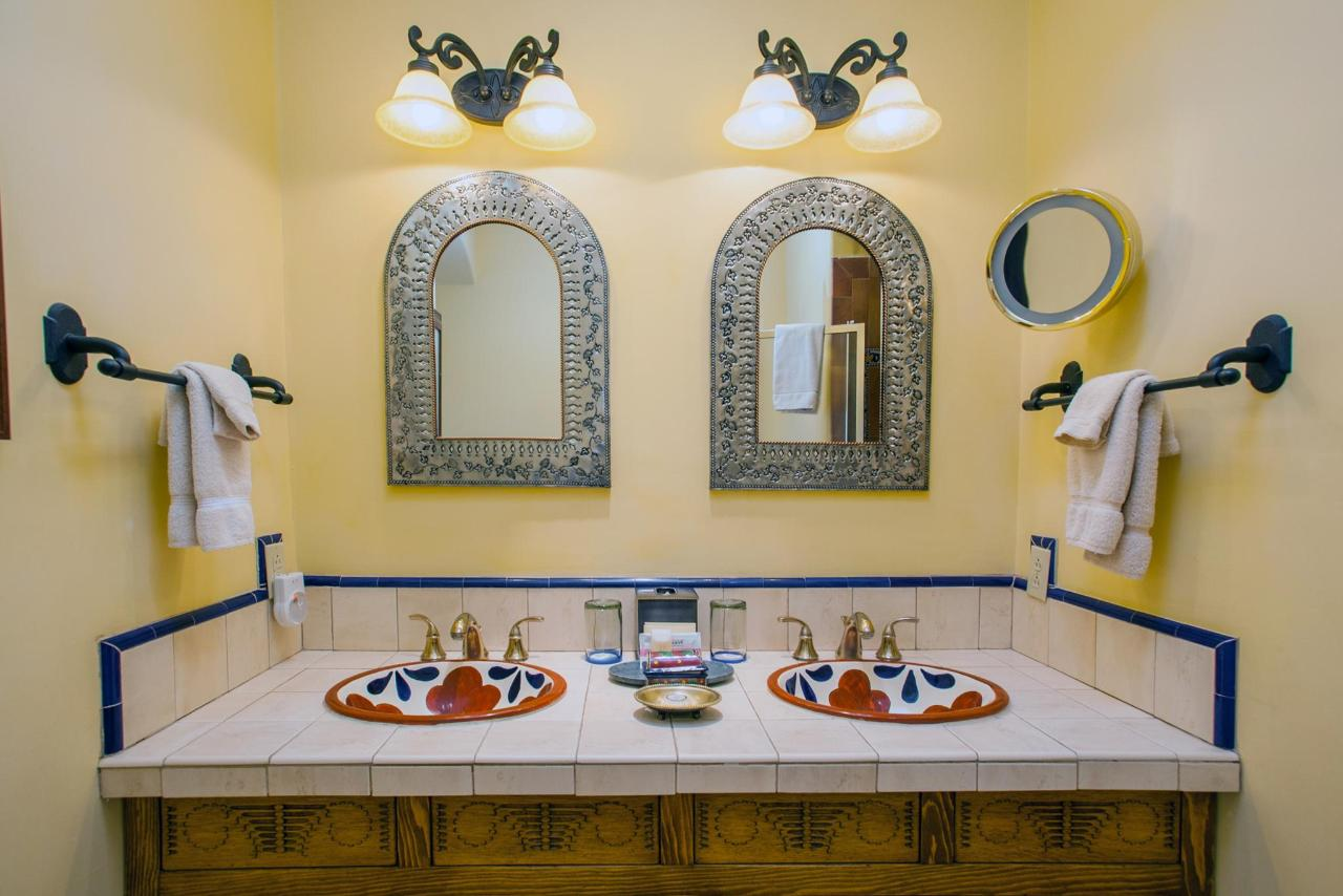Spanish Colonial Junior Suite with Double Sinks