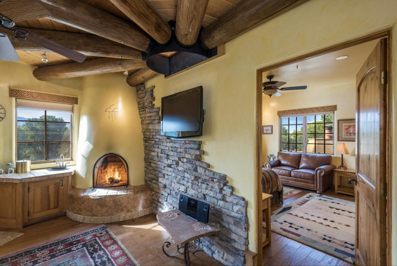 Anasazi Penthouse Deluxe Suite Two Rooms