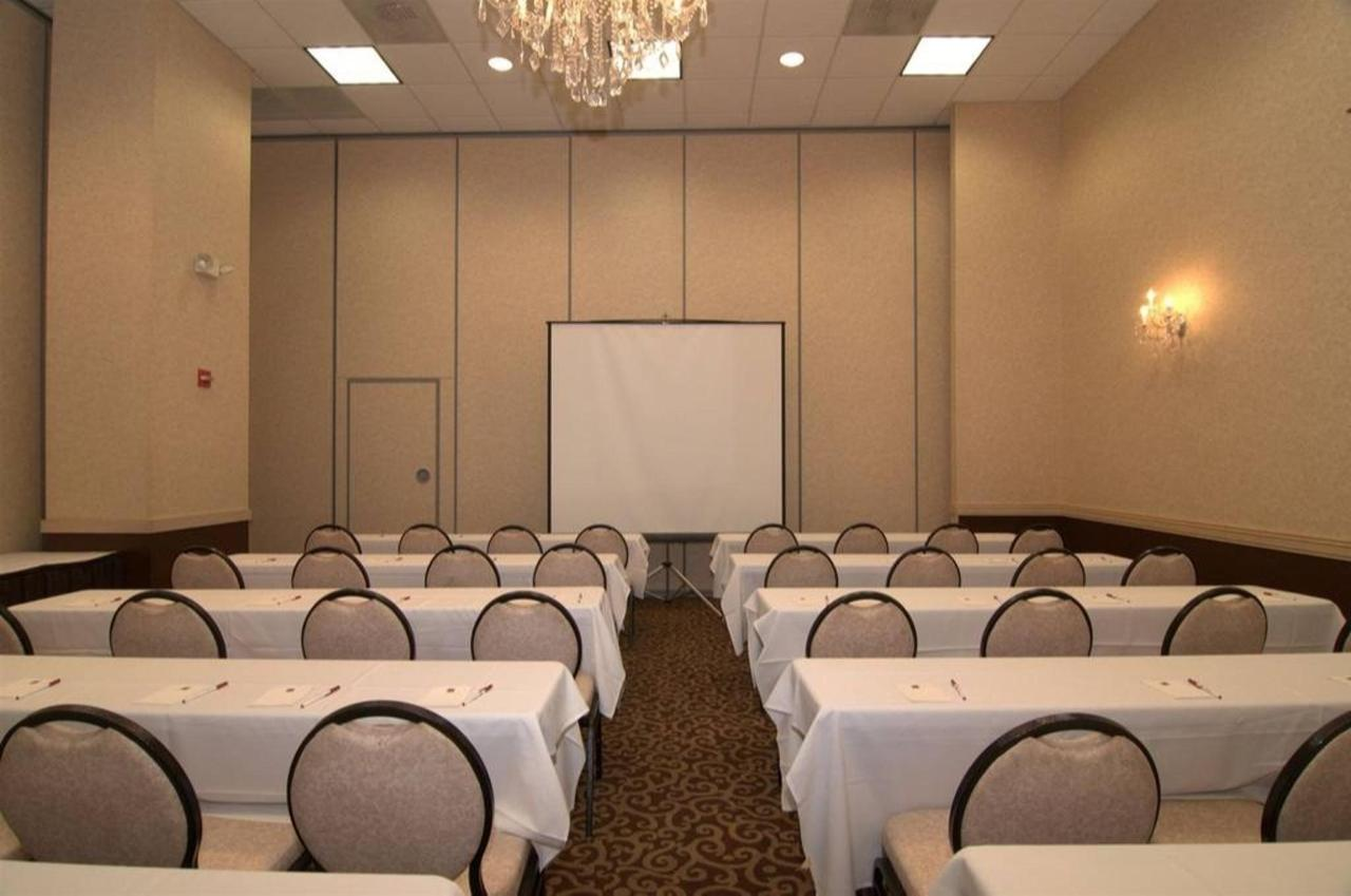 Meeting Set, 2 sections of the ballroom.jpg