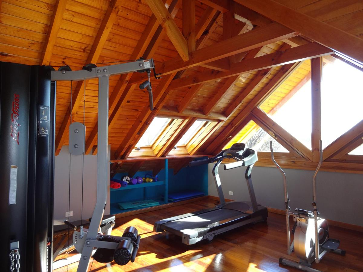 gym a.jpg