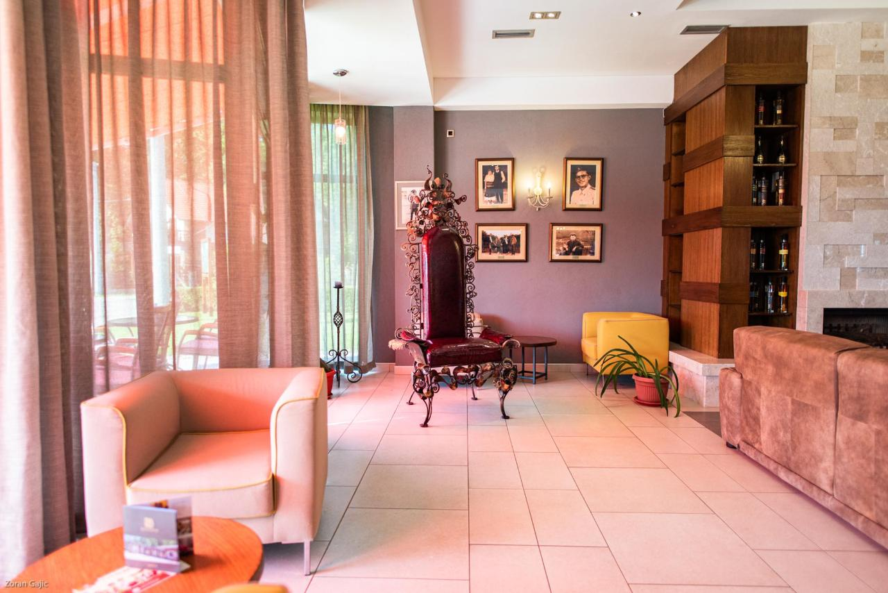 monogram-hotel-280.jpg