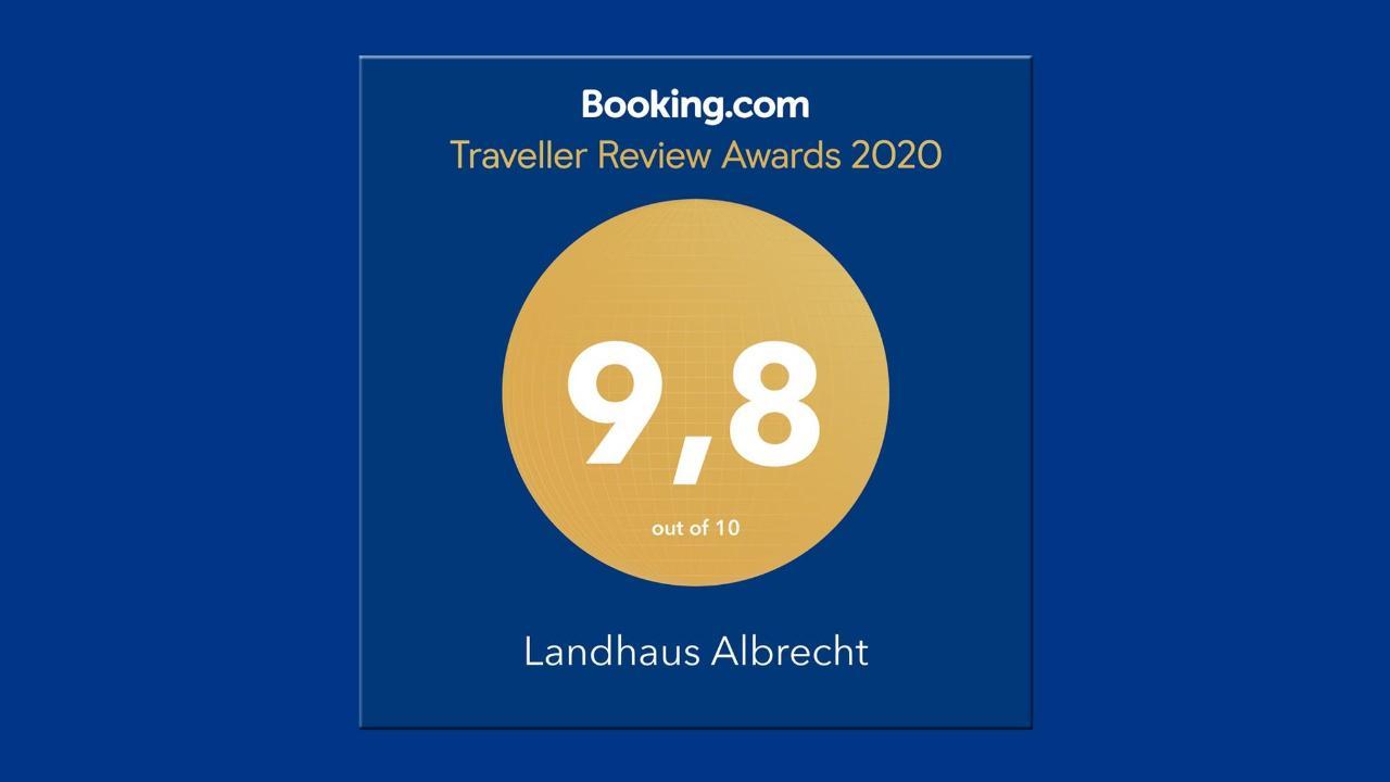 BS_LandhausAlbrecht_BookingAward_2020.jpg