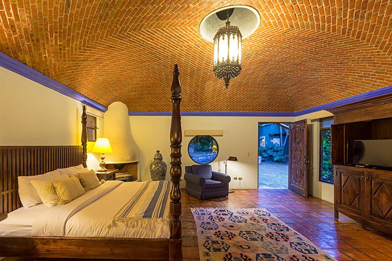 Habitación Jr. Suite Orquídea 2.jpg