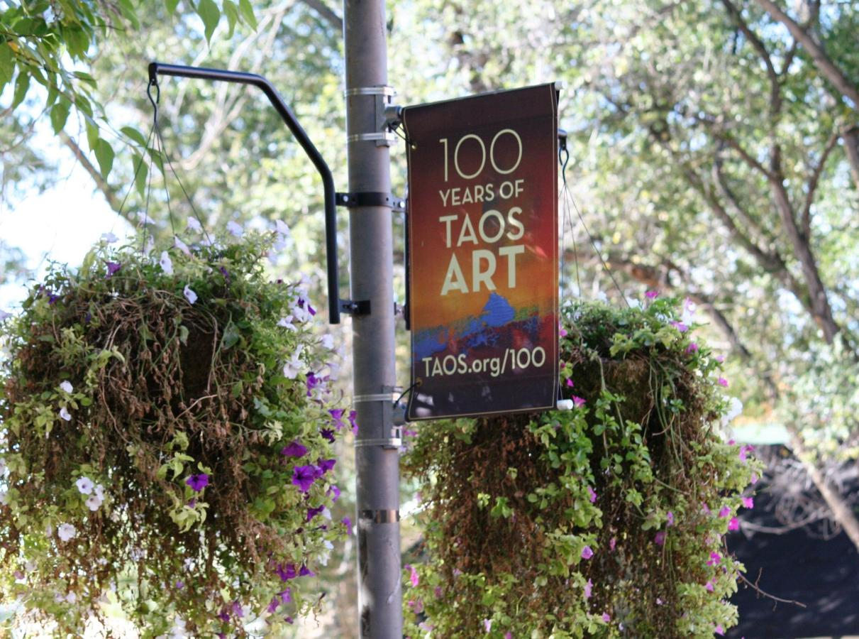 Around-Taos-100 years of Taos art.jpg