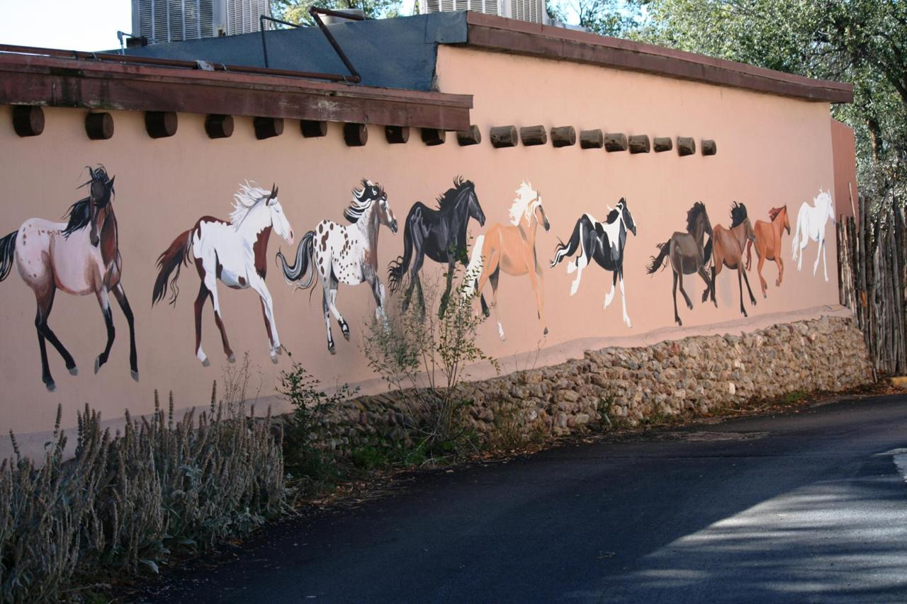 Around-Taos-ledoux st with horses.jpg