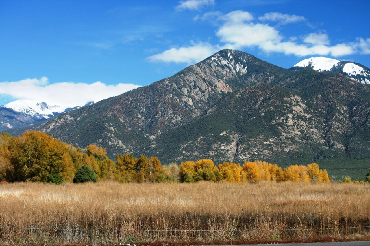 Taos Mountain.jpg