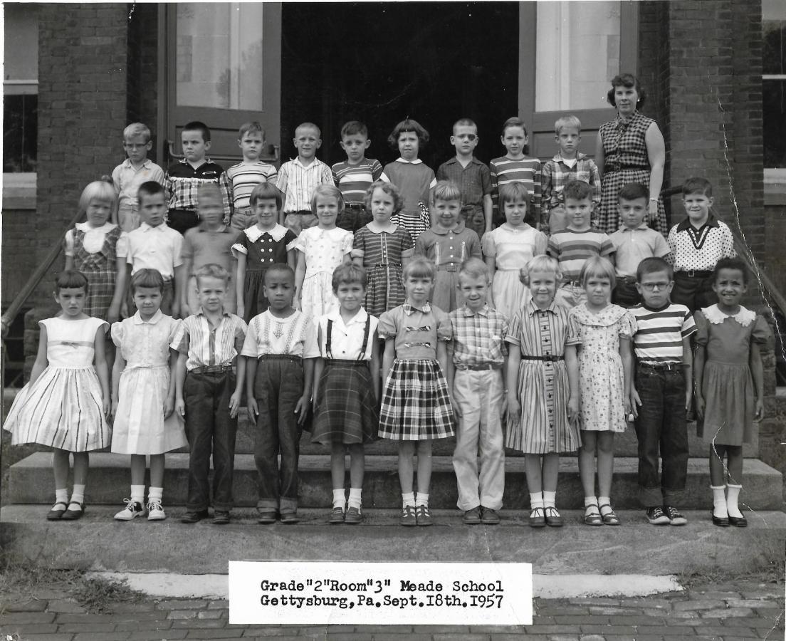 Grade 2 Room 3 September 18, 1957.jpg